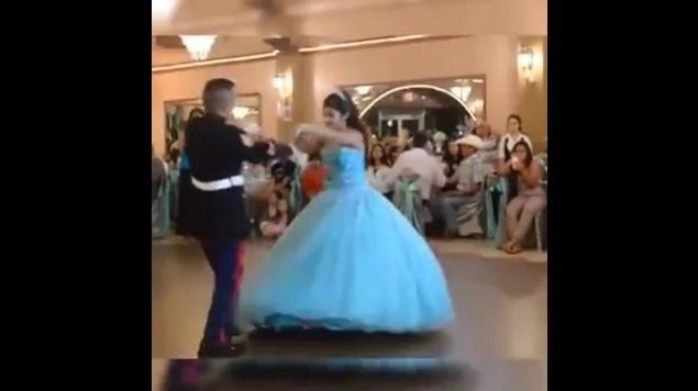 Él es militar y abre el baile con su hija, pero nadie imaginó lo que ocurriría después