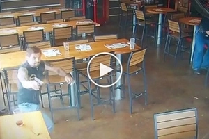Patay ang mga kawatan! Heroic off-duty cop kills two dangerous hold-uppers in restaurant
