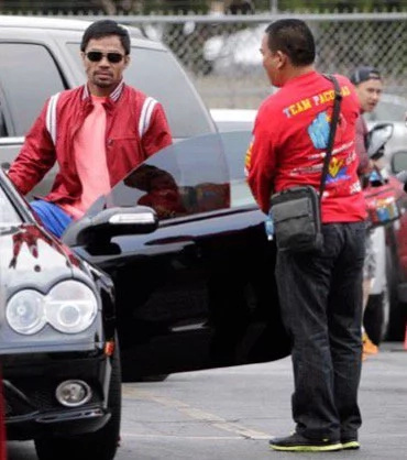Pacquiao Attacked In Parking Lot Days Before Bradley Fight