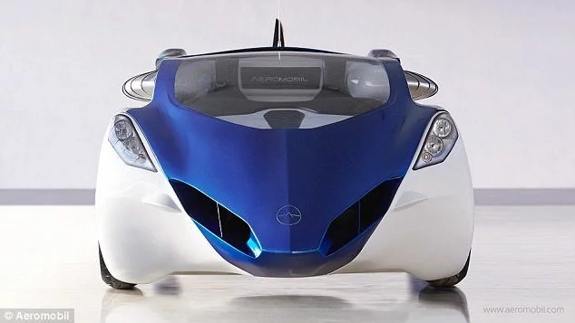 Attention! Flying car ready for pre-order THIS YEAR after 10 years in making (photos, video)