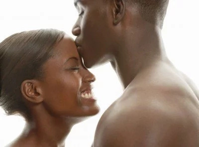 Here are four ways you can kiss your woman and make her enjoy the act