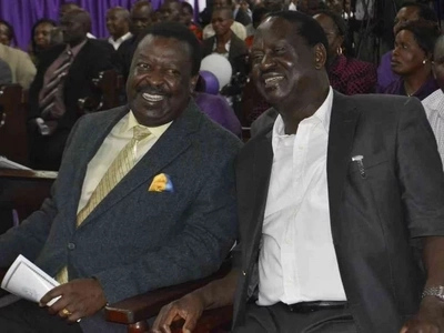 Blow to Uhuru as Musalia Mudavadi OFFICIALY agrees to join Raila Odinga