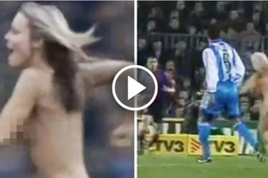Naked Girl Streaks On To Field Then Scores An Amazing Goal! (Video)