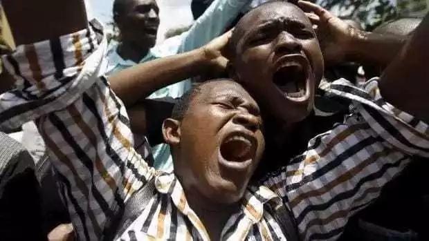 Ujumbe MKALI wamwacha dereva mzembe akikuna kichwa