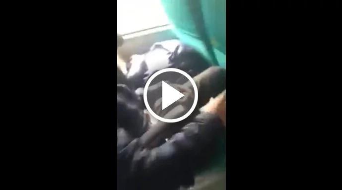 Hombre se masturbó en un bus y fue confrontado por un pasajero