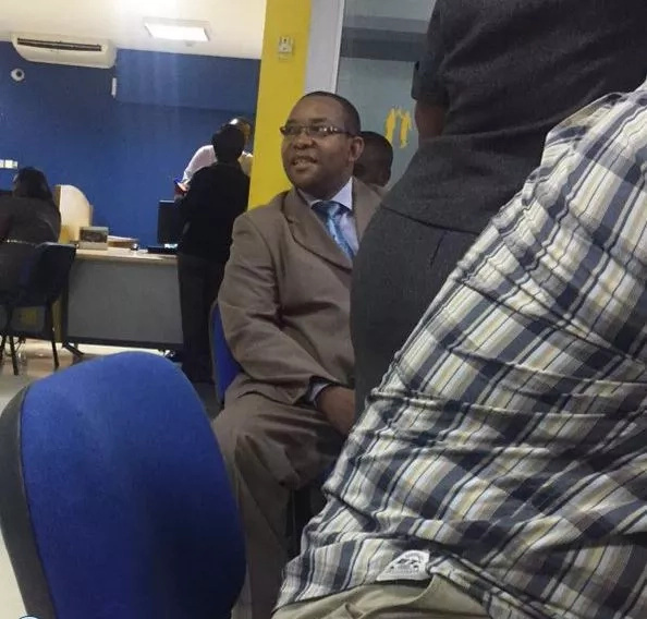 Citizen TV's news presenter sighted at a Chase bank subsidiary amid bank collapse rumors