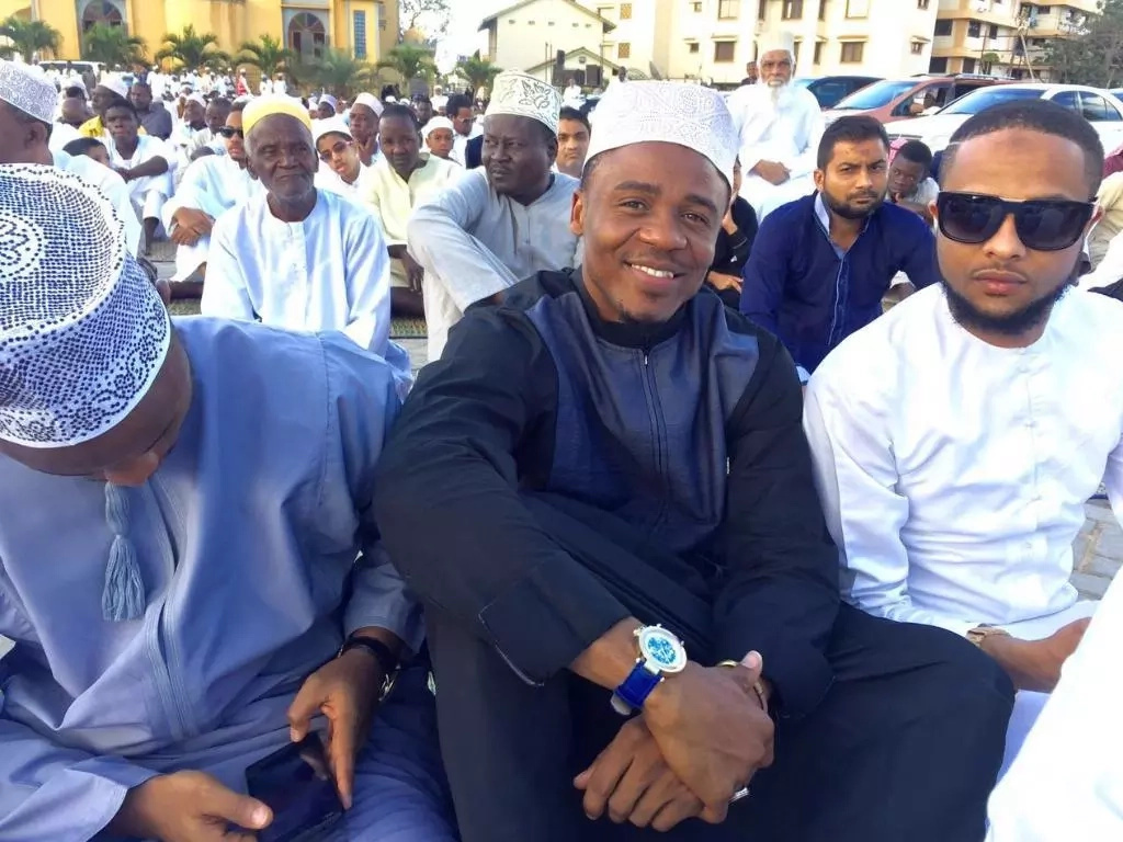 Staunch Muslim, Governor Joho in a video dancing happily to a gospel song