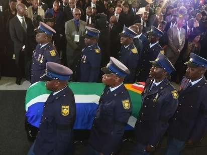 Mabuza pays tribute to Sam Nzima as the legendary photographer is laid to rest