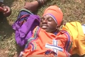 Video: See Flying Squad officers corner armed thugs dressed as preachers in Bungoma
