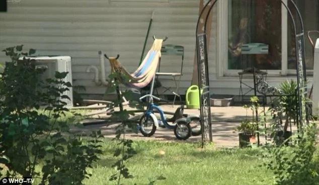 Dejó a su hijo de dos años solo en la casa, ¡mira qué le ocurrió!