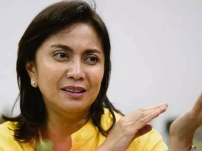 "VP Robredo and COMELEC chair Bautista deny ""secret meeting"""
