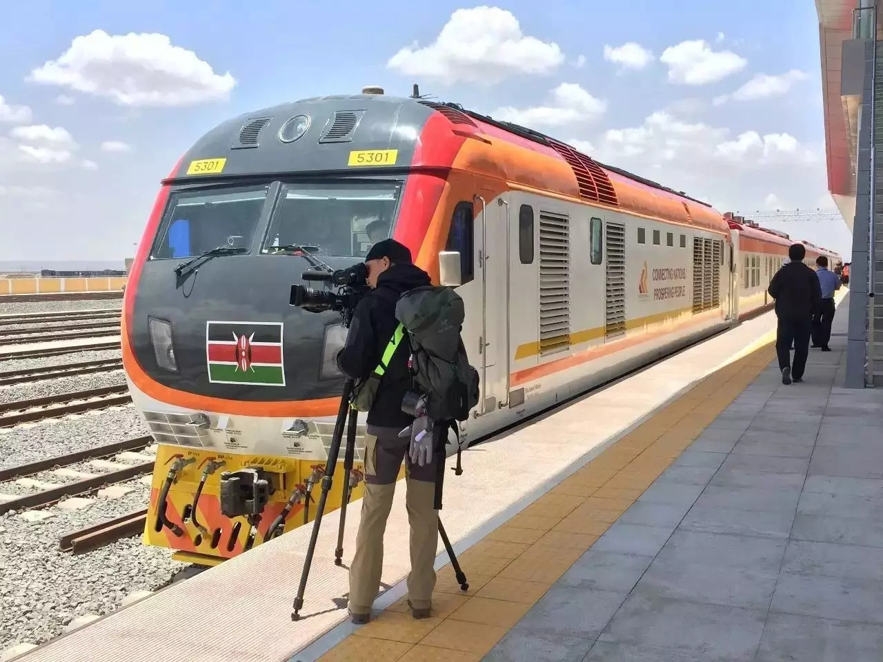 Local and foreign JOURNALISTS left mouths open after SGR ride