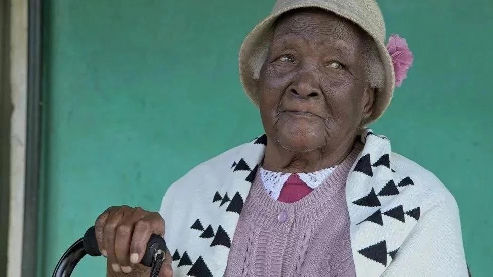 Nyanyake Jeff Koinange ni miongoni mwa watu wazee zaidi ulimwenguni(PICHA)