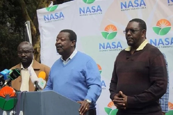 Jubilee claps back at Mudavadi following his scathing attack against Uhuru