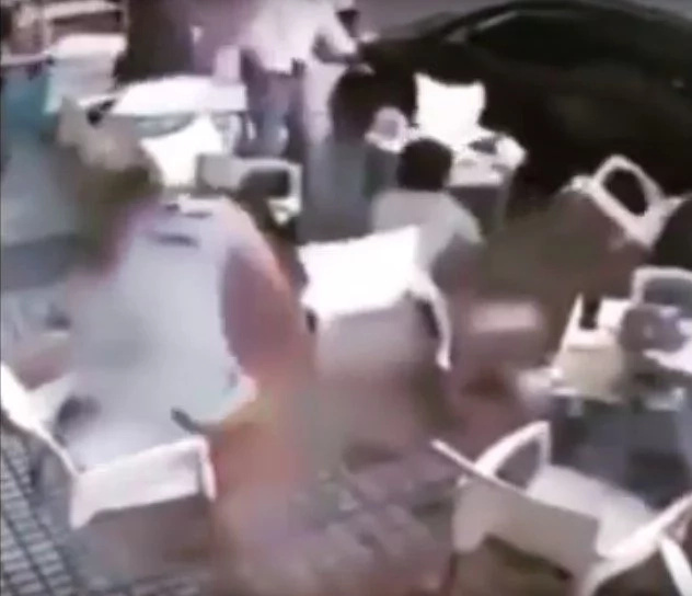 Death from above: bricks fall on top of chinese cafe-goers