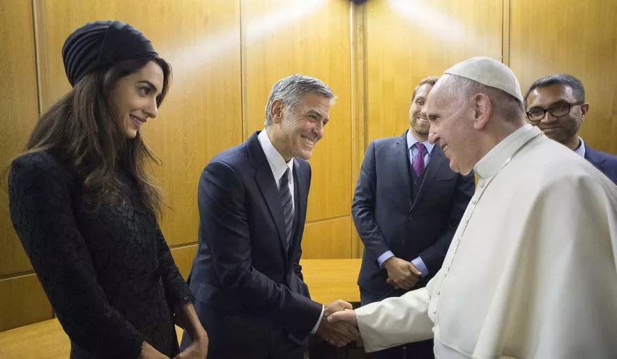 Pope Francis honors George Clooney, Richard Gere, and Salma Hayek