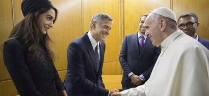 Pope Francis honors George Clooney, Richard Gere, and Salma Hayek