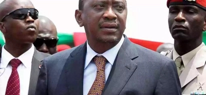 Rais Kenyatta amkumbatia aliyemuita 'Mvuta Bangi'
