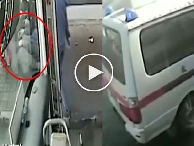 Touching Video: KindHearted Driver and Bus Passenger Help Poor Old Man Who Fainted