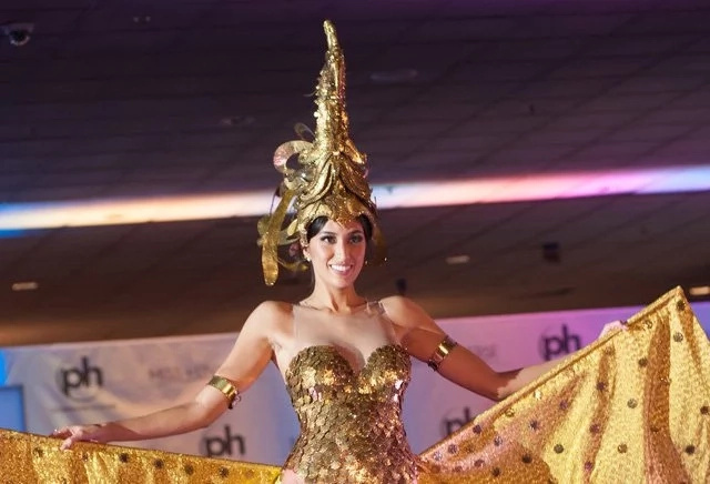 Rachel Peters is a sarimanok in national costume for Miss Universe