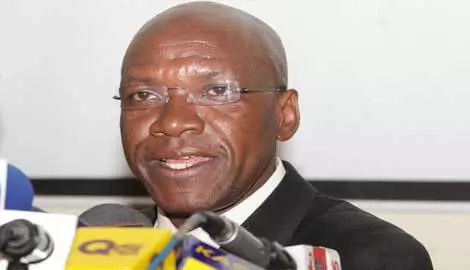 Boni Khalwale reaction to Uhuru drowning a glass of Senator Keg Photo: Daily Nation.