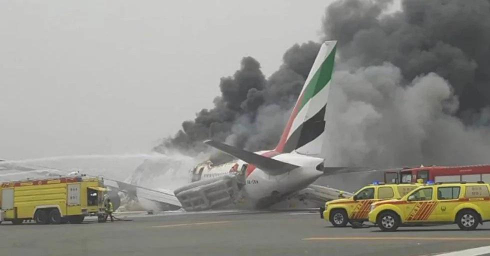 Passengers survive Dubai plane crash