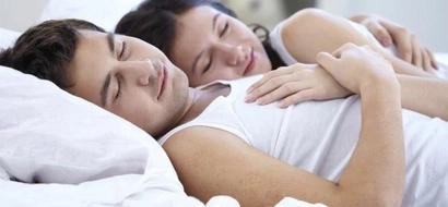 This is why you should always sleep in the same bed with your husband or wife