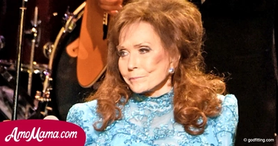 Sad news from country-music legend, Loretta Lynn opens up that she will not be performing again