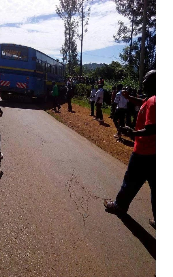 Nyamira Express bus crashes into a personal car.