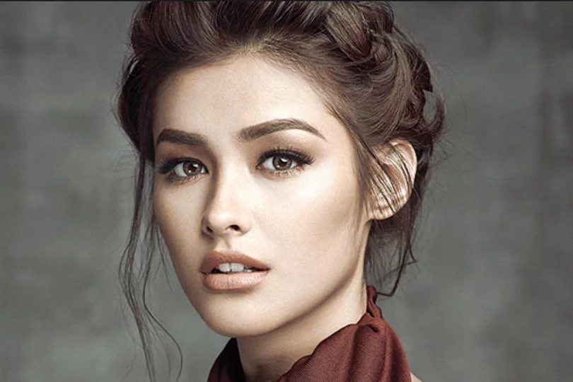 Local and Hollywood celebs ship Liza Soberano