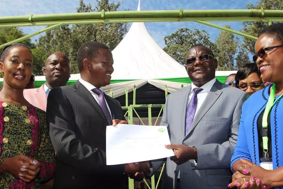Governor Alfred Mutua unveils new running mate after his former deserted him (video)