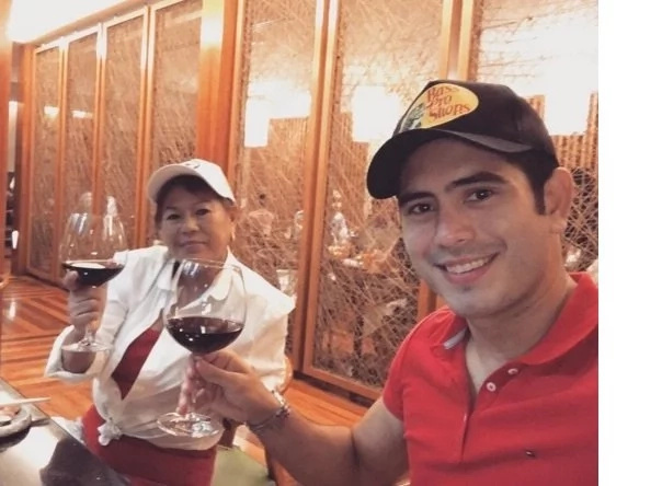 Pinahiya raw ang nanay? Netizens react on Gerald Anderson's post about his mom's reaction when he didn't send her money