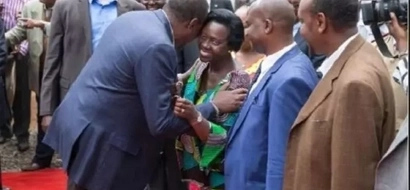 Martha Karua reveals what Uhuru whispered to her in this hugging photo