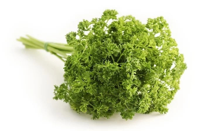 PARSLEY is the trick to make skin look younger - try this recipe and see the difference