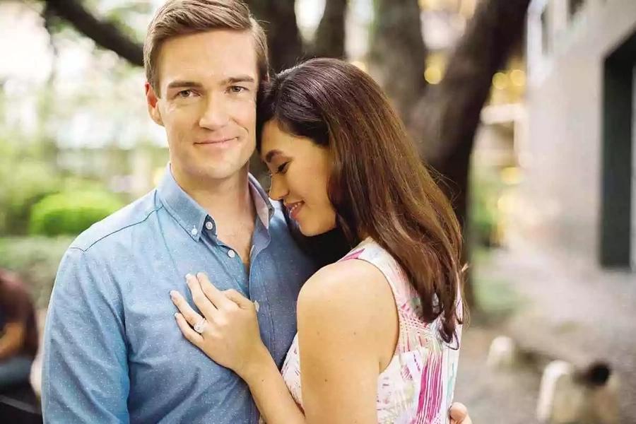 Cristalle Belo introduces fiance to public