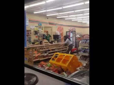 ESTA mujer destruyó una tienda. Nunca creerás por qué