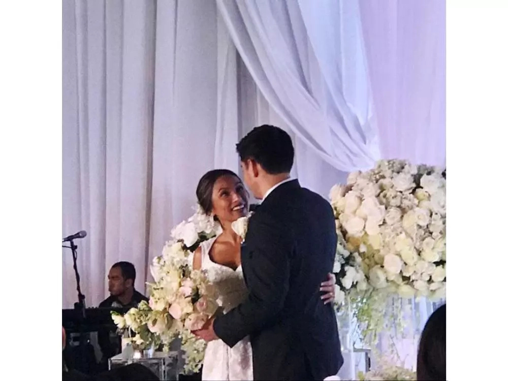 Former Sexbomb Dancer Rochelle Pangilinan Marries Her Long-time Boyfriend, Arthur Solinap in This Magical Michael Cinco Wedding Gown