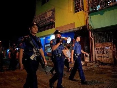 Drug peddler policemen ignore 48-hour ultimatum to surrender