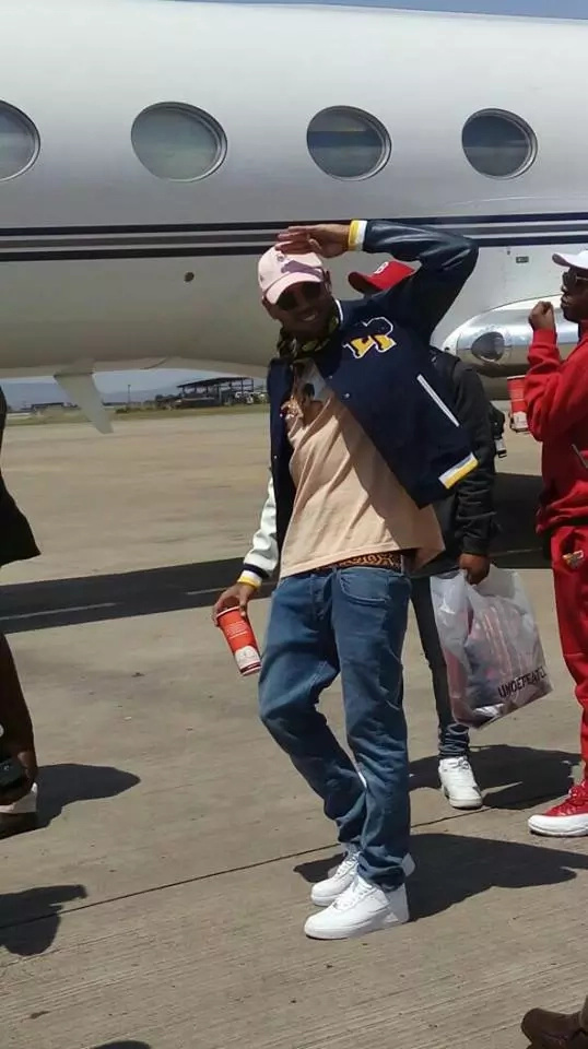Did Chris Brown smash a fan's phone? Citizen gives a different story