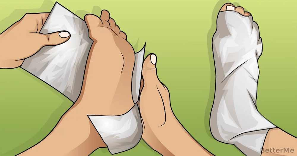 Wrapping feet in aluminum foil can help you deal with health problems