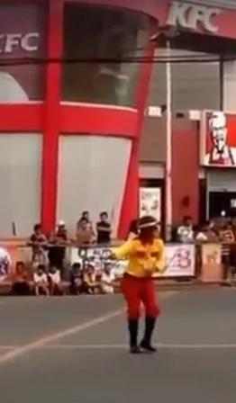 Meet the dancing traffic enforcer of Batangas