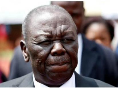 Maelfu wajimwaya katika uwanja wa ndege kuulaki mwili wa marehemu Morgan Tsvangarai
