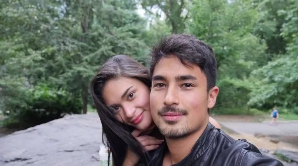 Pia Wurtzbach posts sweet picture with Marlon Stockinger