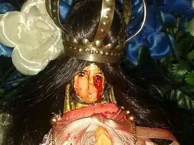 Worshippers flock to church where Statue of Virgin Mary started weeping BLOOD (photos)