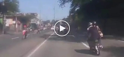 Brutal na aksidente! Pinoy car driver smashes violently into careless motorcycle rider in Batasan Hills