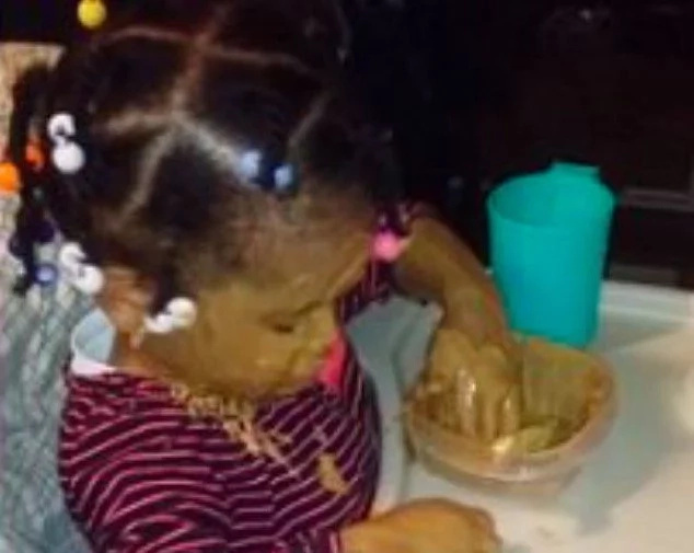 Wait until you see! Girl covers herself in peanut butter from head to toe, see her ADORABLE explanation (photos, video)