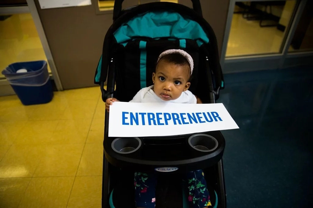 Even this toddler has her eyes set on being an entrepreneur