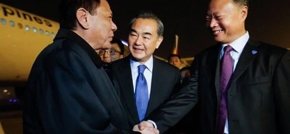 Ayokong pinupuna! Duterte loves China for helping drug war and hates the west for criticism