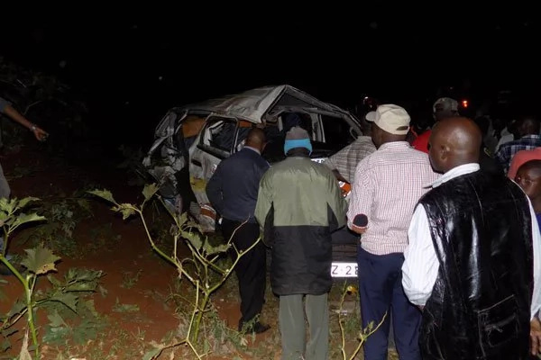 18 injured after Meru matatu and private car collide