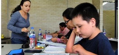 Conoce al niño genio que con solo 9 años es experto en bioquímica y energía molecular, un genio mexicano